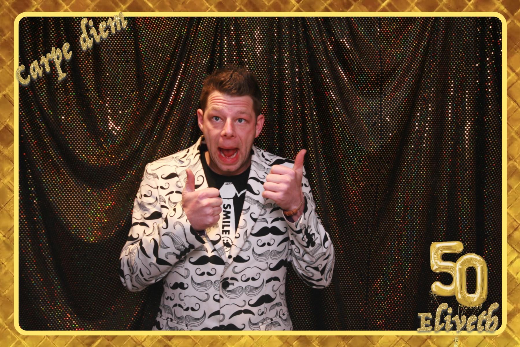 Gouden verjaardag photobooth